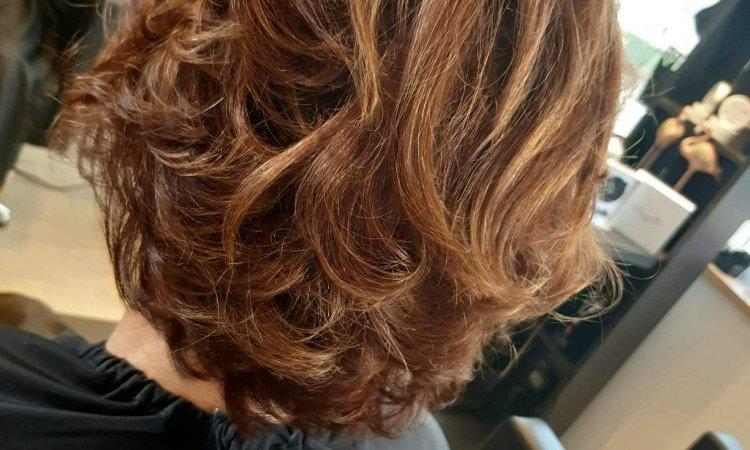 Coupe de cheveux courts  à Saverne